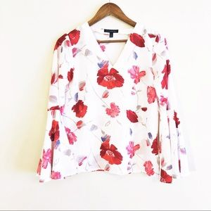 Banana Republic | bell sleeve floral print top
